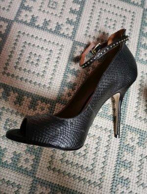 high heels Buffalo