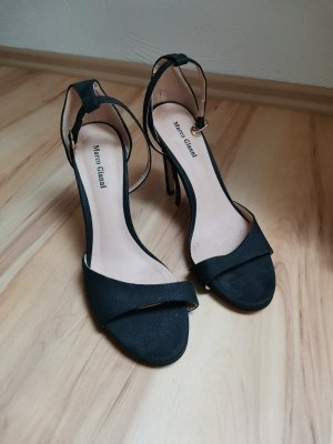 Marco Gianni Strapped pumps black