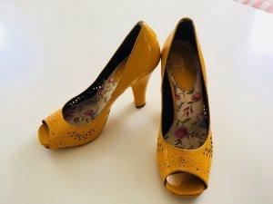 Alisha Peep Toe Pumps yellow