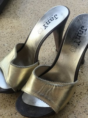 Made in Italy Platform Pumps gold-colored