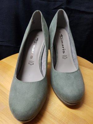 High Heels in graugrün