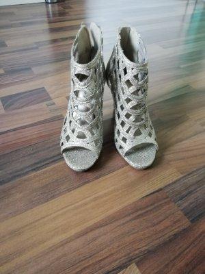 High Heels in Größe 36
