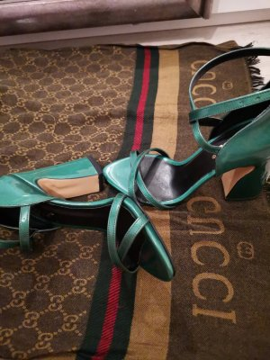 high heels in lack grün
