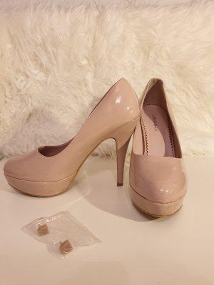 High Heels in rose