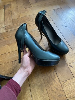 High heels in tollem Grün