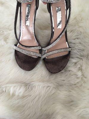 High heels miss kg