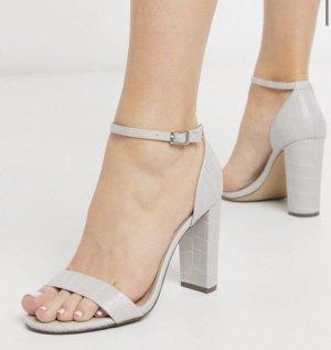 High heels mit Blockabsatz in grau