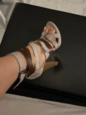 High heels mit Etikett neu echtes Leder !!!