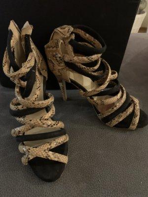High heels mit Riemen