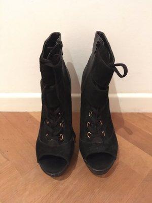 High heels mit Schnürsenkeln