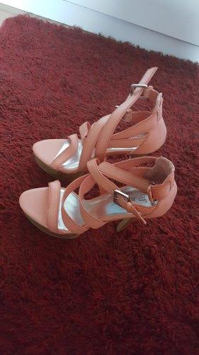 High heels Neu ungetragen apricot 36/37