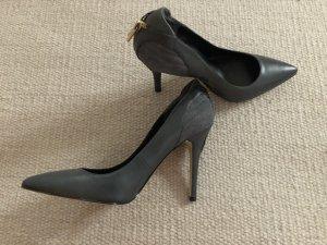 High Heels/Pumps Guess
