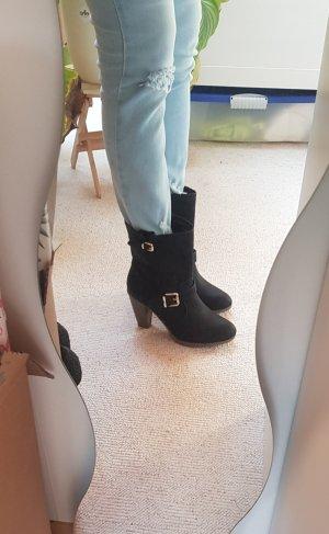 High Heels Stiefeletten. Boots