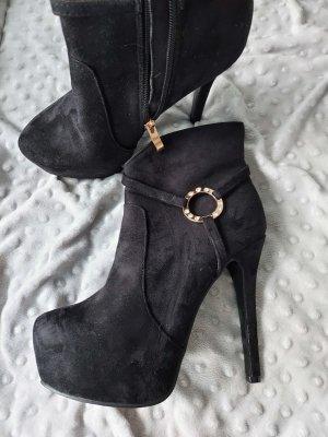 keine Wysokie buty na obcasie czarny