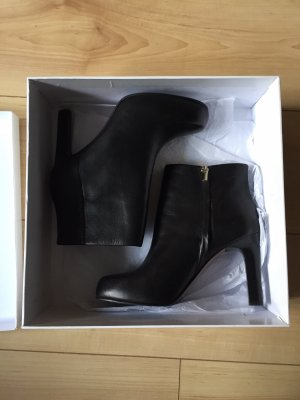 High Heels Stiefeletten Gr. 38 Other stories Neu Leder