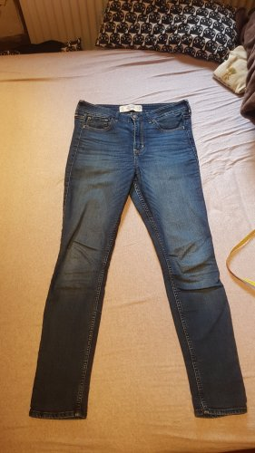 High Rise Super Skinny Jeans 28/29 Hollister