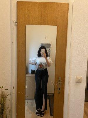High-waist Hose und unten auf