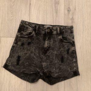 High-Waist Hot pants