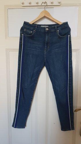 High Waist Jeans mit Streifen