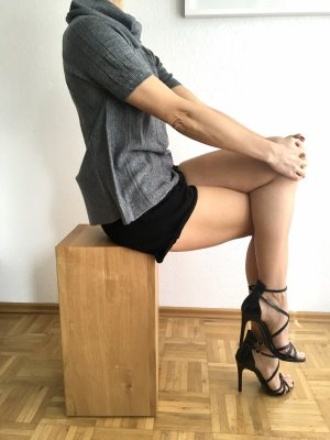 High waist Jeans Shorts schwarz