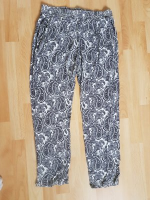 High waist Jogginghose mit Paisleymuster Gr. 38