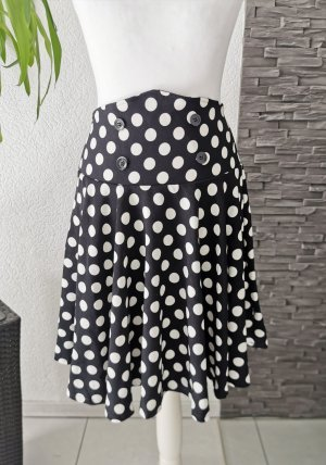 Circle Skirt white-black