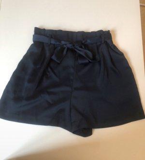 High waist shorts, M