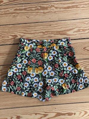High waist Shorts mit seitlichem Reisverschluss