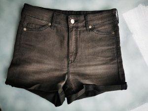 H&M Divided Pantaloncino a vita alta nero Cotone