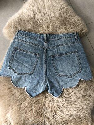 High-Waist-Shorts von H&M, Gr. 36