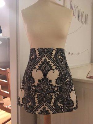 High Waist Skirt figurbetonend
