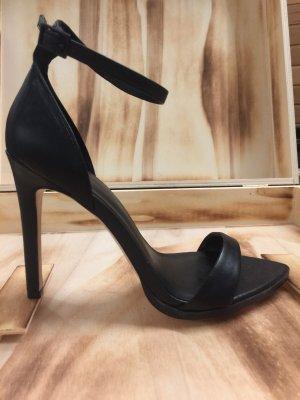 Zara Tacones de tiras negro