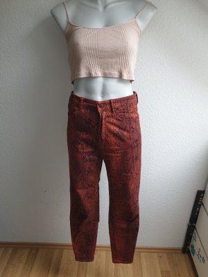 Highwaist Jeans im 80er Jahre Grunge Look, Schlangenprint