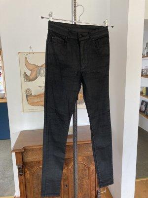 Highwaist Jeans mit Beschichtung
