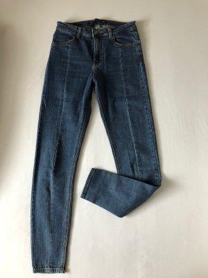 Highwaist Jeans mit Naht