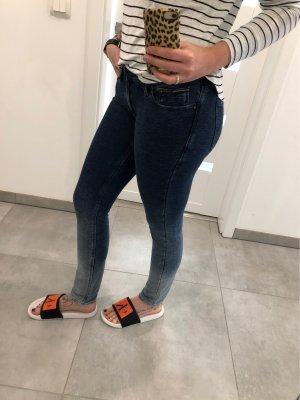 Hilfiger Denim Jeans Farbverläufe