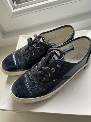 Hilfiger Sneaker Größe 37