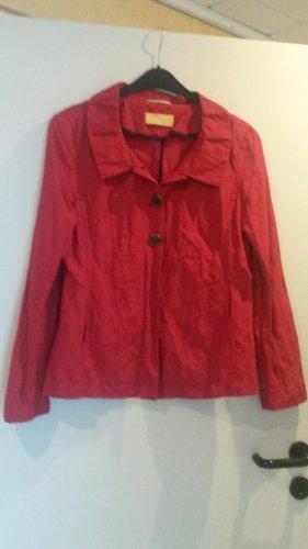 HINGUCKER !! angesagte leichte Jacke Blazer  im angesagten rot m besonderem Kragen