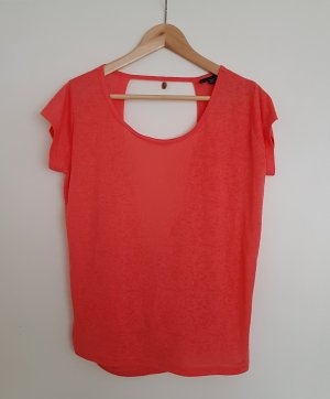 Hippes Party-Shirt von eight2nine in knalliger Farbe