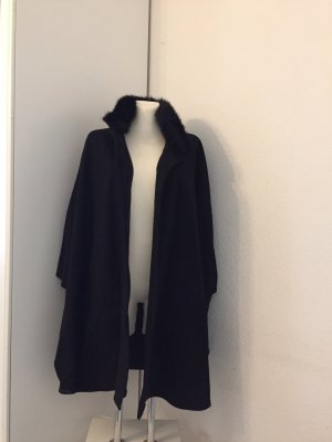 Hobbs Cape black