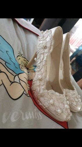 Zapatos de marinero blanco