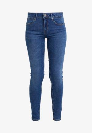 Hochwertige Jeans von SANDRO - Gr. 38 - NEUWERTIG