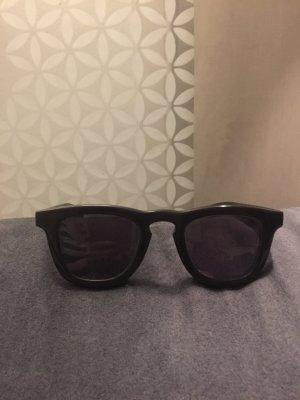 Gafas de sol marrón oscuro