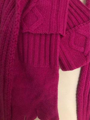 Hochwertige Strick Kombi in toller Farbe Fuchsia dazupassende Handschuhe