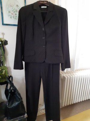 Comma Trouser Suit dark brown