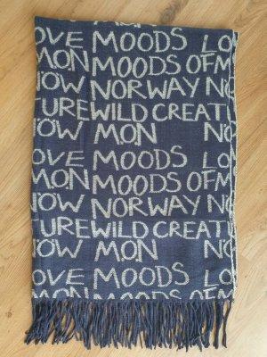 hochwertiger Schal mit Schrift