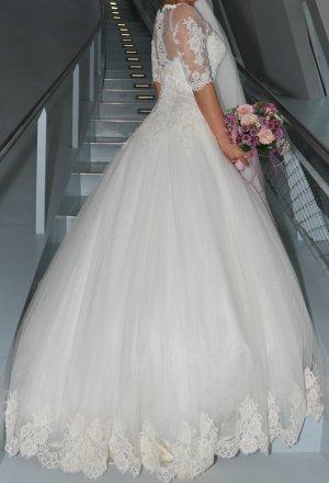 Hochzeitskleid A Form