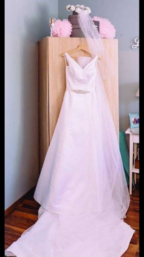 Pronovias A Line Dress white