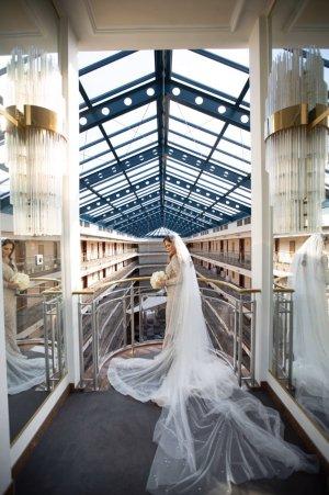 Robe de mariée argenté-blanc