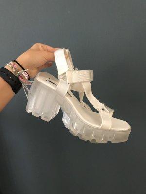 hohe Sandalen